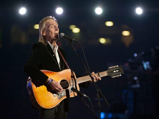 Gordon Lightfoot Rolls Into Town Carefree And Candid