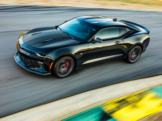 Camaro 1LE SS performance package returns for 2017,