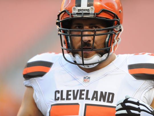 leveland Browns center Alex Mack in a preseason NFL football game at FirstEnergy Stadium.