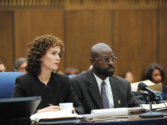 Prosecutors Marcia Clark (Sarah Paulson) and Christopher