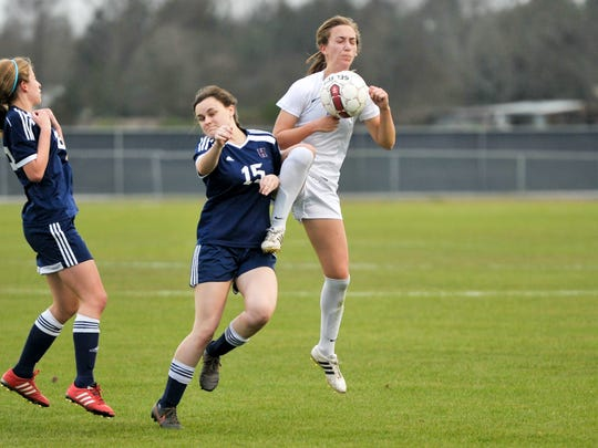 Sarah Beadle fights for control as Ascension Episcopal