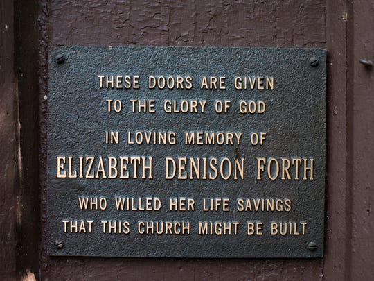 A plaque honoring Elizabeth (Lisette) Dension Forth,