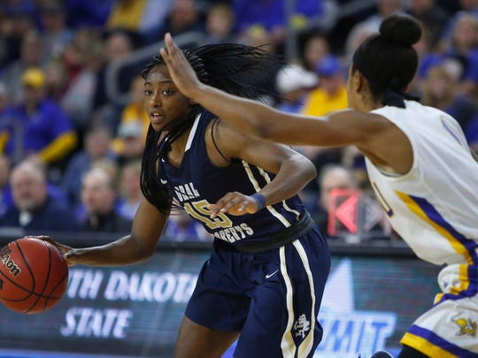 SIOUX FALLS, SD: MARCH 5: Faith Ihim #15 of Oral Roberts