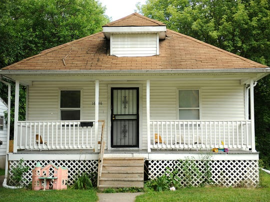 This house in northwest Detroit was in tax foreclosure in 2015. One in 10 Detroit tax foreclosures between 2011 and 2015 were caused by the city's admittedly inflated property assessments, a study by two Chicago professors has concluded.