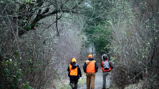 """The Oregon Outdoors Council is filing a lawsuit against Oregon's Secretary of State to get a """"Right to Hunt"""" initiative back on the ballot."""