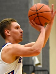 Spring Grove's Jacob Messersmith lines up his shot