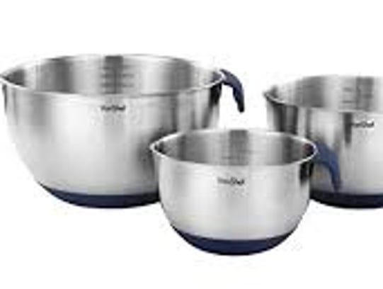 Chef Essential Stainless Steel Mixing Bowls have a