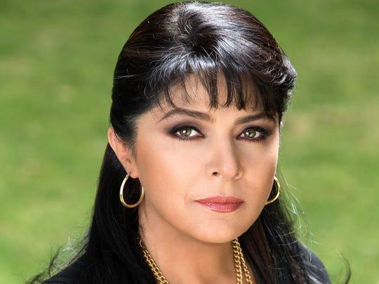 Victoria Ruffo, 31 de Mayo.