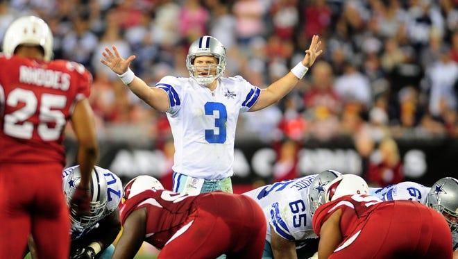 Dec. 25, 2010; Glendale, AZ, USA; Dallas Cowboys quarterback (3) Jon Kitna against the Arizona Cardinals at University of Phoenix Stadium.