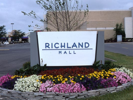 636354597772487172-richland-mall-1-.jpg