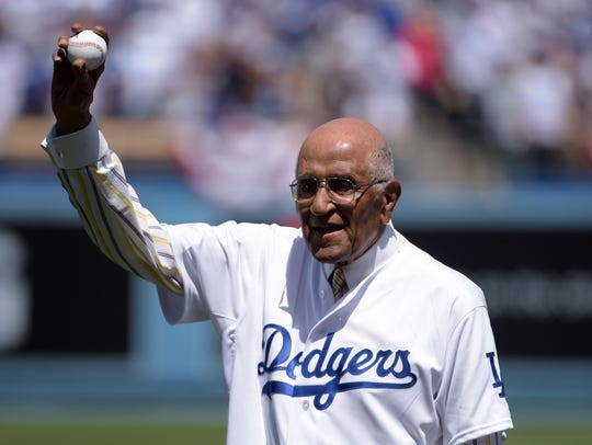 Don Newcombe prepares to throw out the ceremonial first