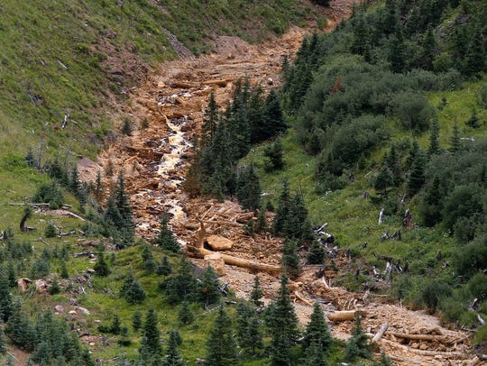Navajos seek $160M for damages in mine spill