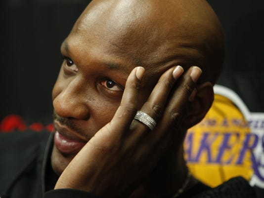 Lamar Odom hospitalized with ëtubes in himí after collapsing, Jesse Jackson says