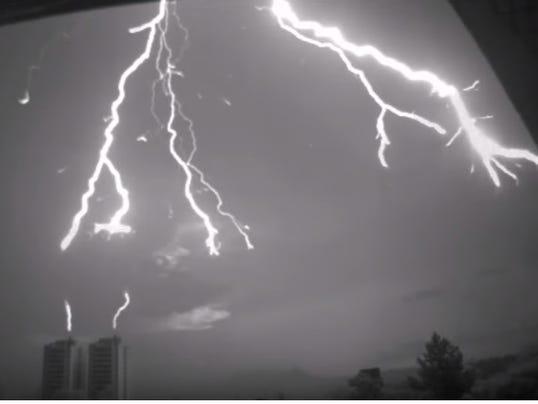 636301103264097826-lightning.jpg