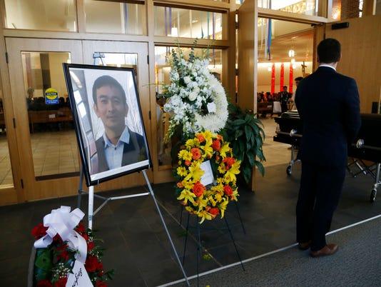 0506 Kim Funeral 11.jpg