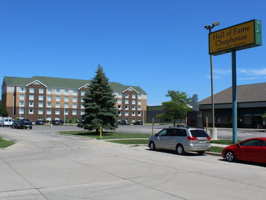 hilton garden inn sues to block adjacent hotel - Hilton Garden Inn Green Bay