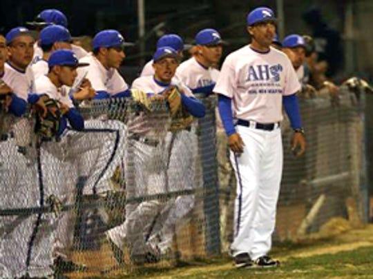 Jesse Munoz with his baseball team.