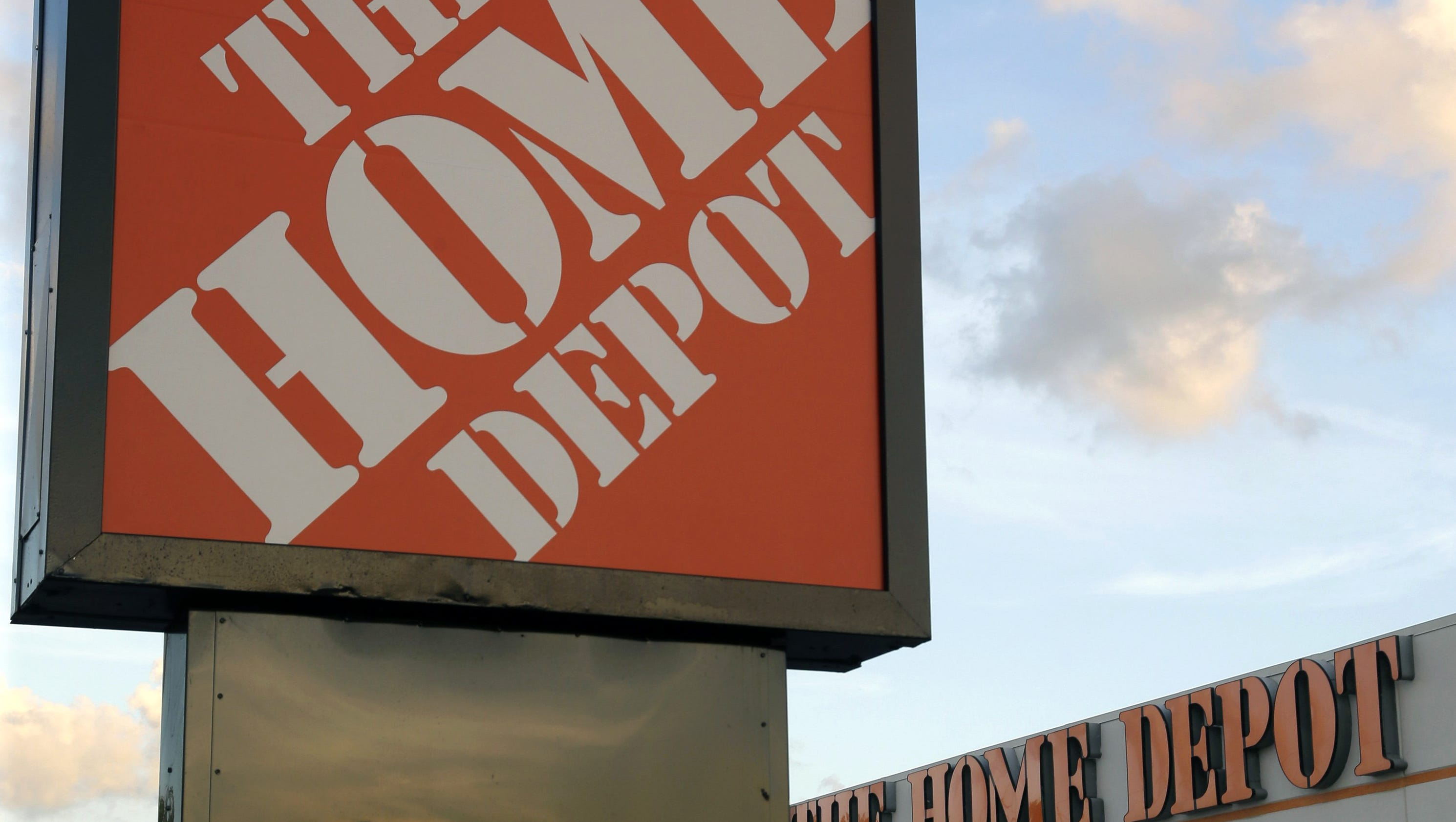 Man s scam turned Home Depot thefts into t cards