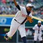 Detroit Tigers starting pitcher Alfredo Simon (31) pitches in the first inning against the Cleveland Indians at Comerica Park.