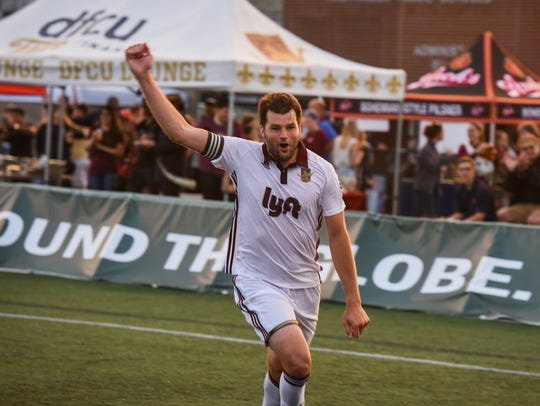 Defender Seb Harris will return for a sixth season with Detroit City FC, the club announced.