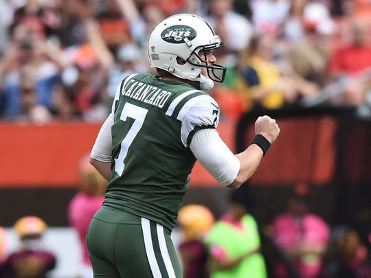 Oct 8, 2017; Cleveland, OH, USA; New York Jets kicker Chandler Catanzaro (7) celebrates after hitting a 57 yard field goal during the first half against the Cleveland Browns at FirstEnergy Stadium. Mandatory Credit: Ken Blaze-USA TODAY Sports