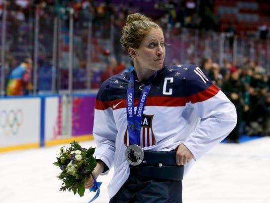 hockeymain0221.jpg