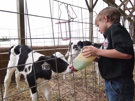 The video include footage of D&B Sternweis Farms, Weber's
