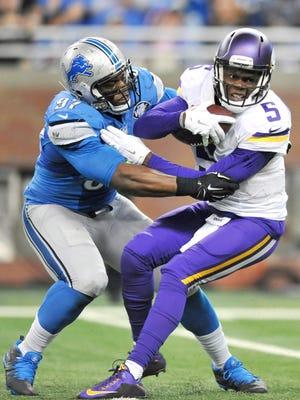 Caraun Reid sacks Vikings quarterback Teddy Bridgewater on Oct. 25 at Ford Field. The Vikings swept the Lions in two regular-season games in 2015.