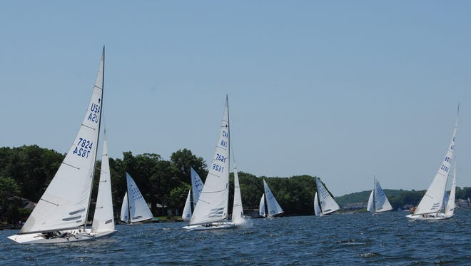 You can rent just about any type of boat for an afternoon of fun on Lake Hopatcong.