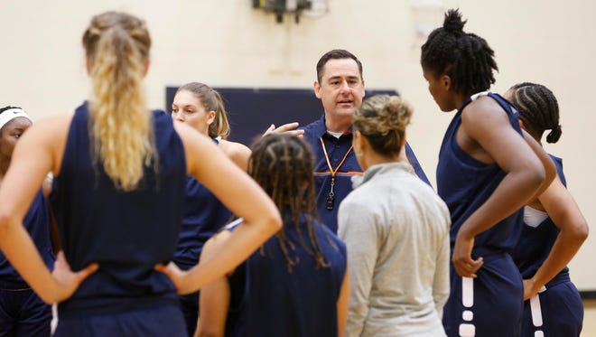 UTEP women's basketball coach Kevin Baker looks on as his team goes through conditioning drills Oct. 2 before the start of the team's first day of practice for the 2017-18 season.