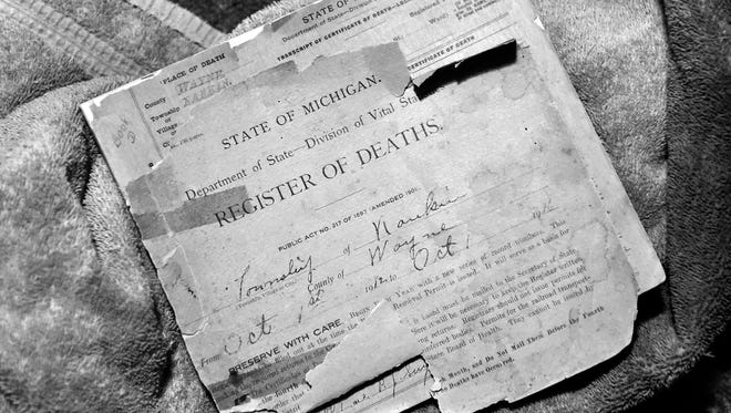 Death record from Eloise, the now-closed county asylum, located in Westland on Michigan Avenue.