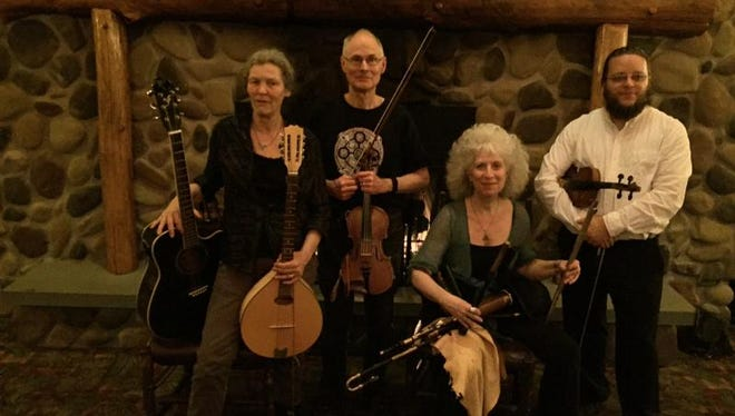 Doolin' O'Dey performs Saturday at Cranberry Coffeehouse.