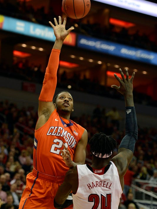 NCAA Basketball: Clemson at Louisville