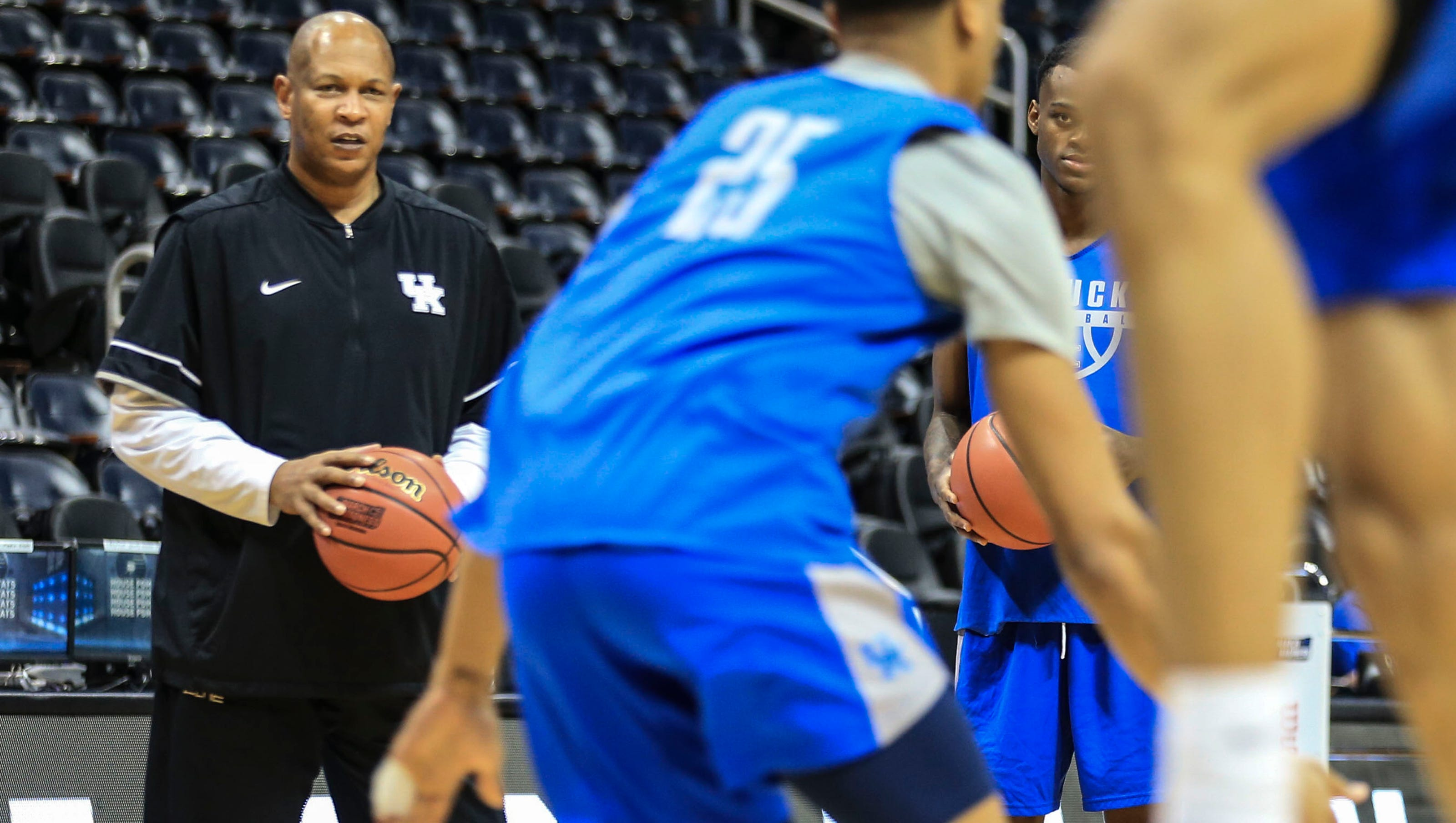 Uk S Kenny Payne Other Assistants Sign New Contracts