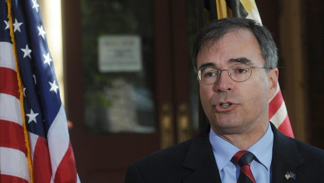 1st District Republican Rep. Andy Harris continues to disappoint readers by supporting Donald Trump.