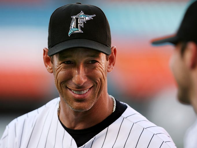 "If you're from Arizona, it's hard not to know Luis Gonzalez. He and his family live in Scottsdale, and ""Gonzo"" was a member of the World Championship Arizona Diamondbacks."