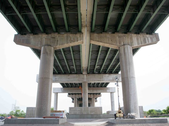 Work continued in May 2015 on the Interstate 495 bridge