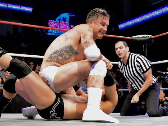 David Arquette wrestles R.J. City in a match for Championship Wrestling from Hollywood.