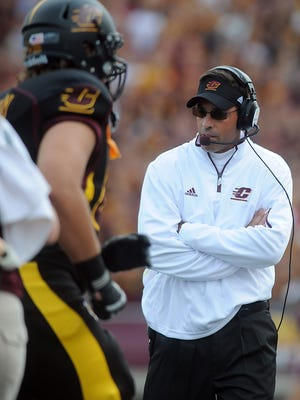 Dan Enos, here coaching against MSU in 2012, finished 18-26 in five seasons at Central Michigan.