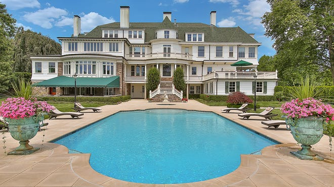 Riverfields estate in Rumson combines historical grace with modern-day sophistication.