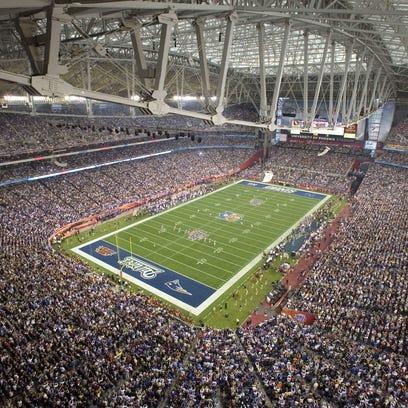 Opening kickoff at University of Phoenix Stadium in