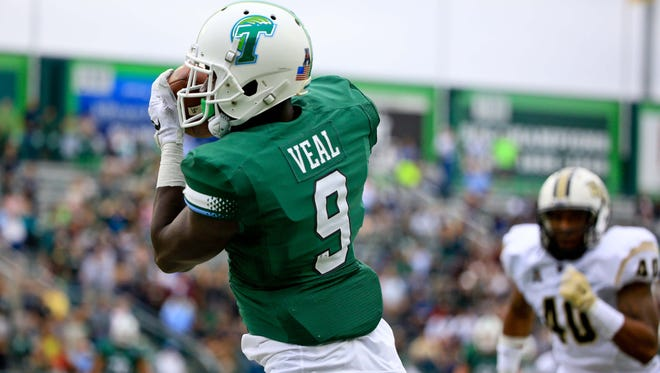 New Orleans native and former Tulane wide receiver Teddy Veal is transferring to Louisiana Tech for his final two years of eligibility.