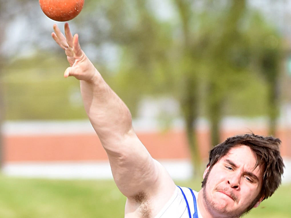 Merrol Hyde Magnet junior Mark Namiotkiewicz competes in Wednesday afternoon's shot put.