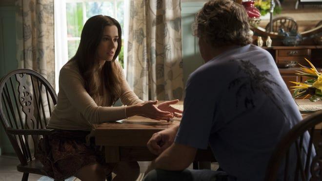 Meg (Linda Cardellini, with Ben Mendelsohn as Danny) sees herself as a family mediator.