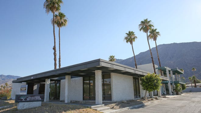 The building formerly known as the Palm Springs Business Center may become the new site of the Well in the Desert.  The building is located at 441 S. Calle Encilia in southeast downtown Palm Springs.