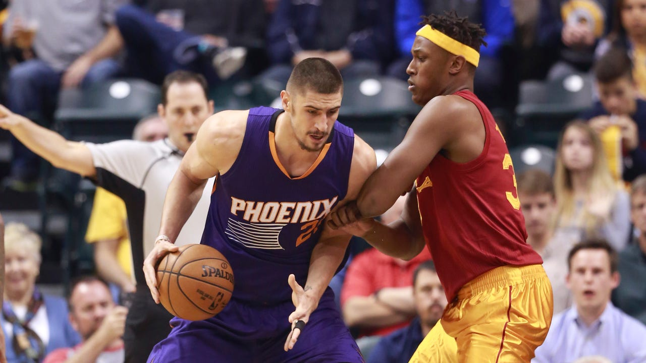 Suns coach Earl Watson and bench players Brandon Knight, Alan Williams and Tyler Ulis talk about a 116-96 win at Indiana. (Paul Coro/azcentral sports)