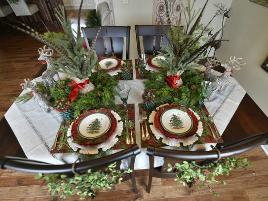Fauna and flora adds Door County touch to the holiday-appealing