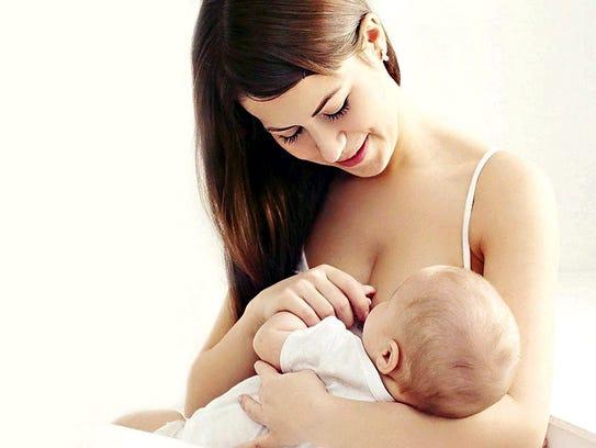 Los bebés que nacen por parto obtienen las primeras