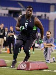 Louisiana Tech defensive lineman Vernon Butler runs