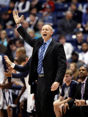 Xavier head coach Chris Mack reacts during the first half against Murray State on Monday.